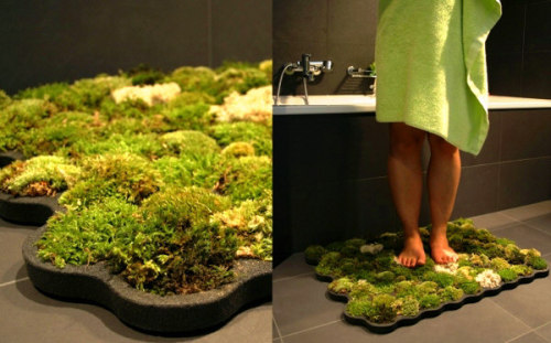 """Live Moss Carpet is a soft grass carpet that thrives from the few drops of water you leave behind when stepping out of the shower or bath.""     I want this so badly, wow."