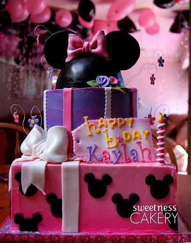 Minnie First Birthday Gift Cake (by Sweetness Cakery (Yvette))