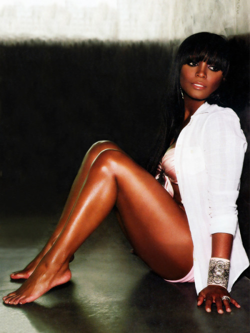 msonghelita:  Keisha Knight Pulliam.