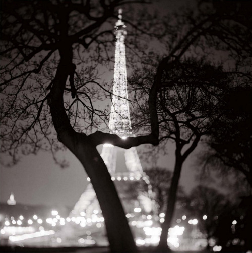 Keith Carter. Eiffel Tower, Paris 1999