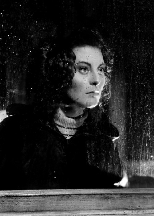 Michèle Morgan in Stormy Waters (1941, dir. Jean Grémillon) (via)