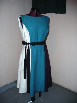 Dress is all finished… tons of tiny stitches later, the hem is completed :-) I can't wait to show this off in Memphis :-D