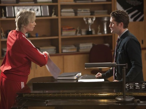 "New episode stills Glee ""2x13 Comeback"" - Sue and Will"