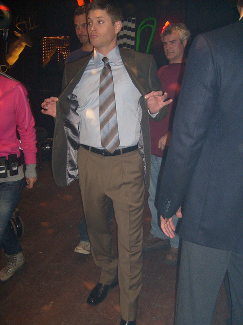 everykissbeginswithcas:  # walk in the club like whatup i got a big cock