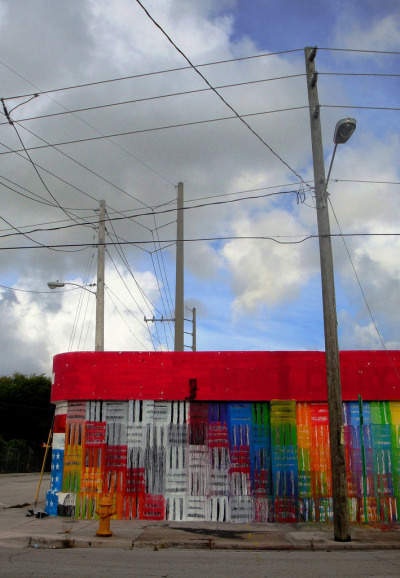 Rainbow Wall Miami, USA Photo: Life Pilgrim