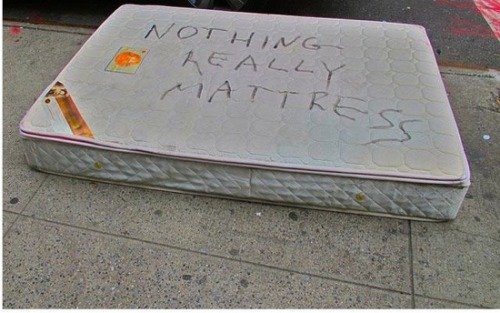 sadstuffonthestreet:  from Nick Ratner