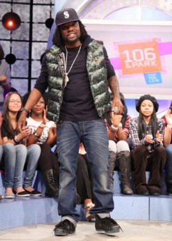 Wale in Nike foamposite pine crazy hot..