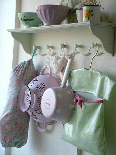 Kitchen Shelf (by sweet berry me) A beautiful Kitchen