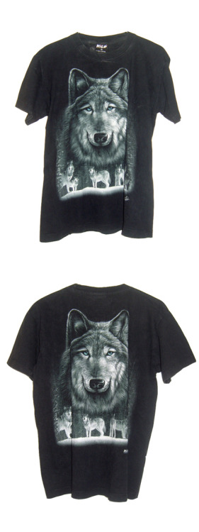 Wolf T-shirt Vintage Size : Medium recto/verso  Starting bid : 8 Euros /Buy it Now : 12 Euros (+Shipping).  Click here or in the picture to buy it. For more details and photos: blanchemrkt@gmail.com
