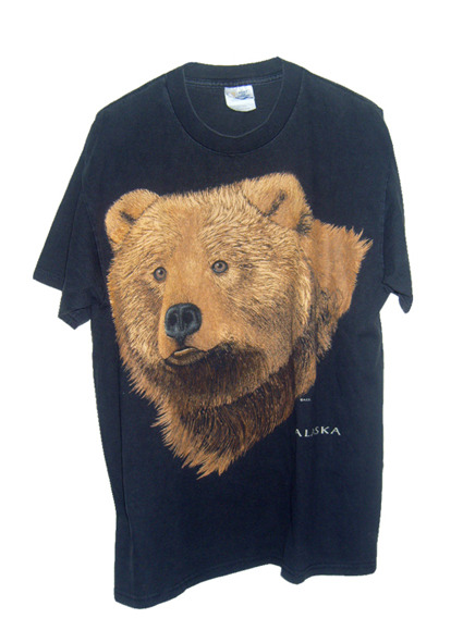 Bear T-shirt. SOLD OUT Vintage Size : Large Starting bid : 8 Euros /Buy it Now : 12 Euros (+Shipping).  For more details and photos: blanchemrkt@gmail.com Click here or in the picture to buy it