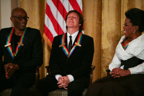 With Bill T. Jones and Oprah Winfrey during the 2010 Kennedy Center Honorees reception in the East Room of the White House on December 5, 2010 in Washington, DC.