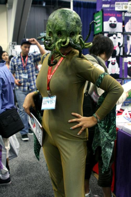 Wondercon 2011 • She-Cthulhu? Cthulhuette? | from ComicVine » WHAT IS THIS I DON'T EVEN! o_O