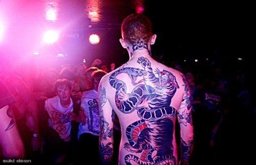 frank carter tattoo designs. frank carter tattoos.