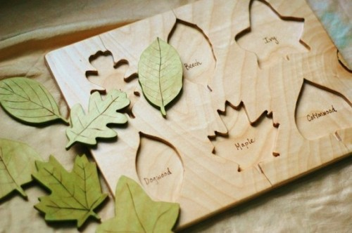 Darling leaf puzzle…wish I'd known about this at Christmas time.  (@justhatched on etsy)