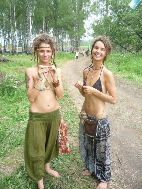 hippie girls