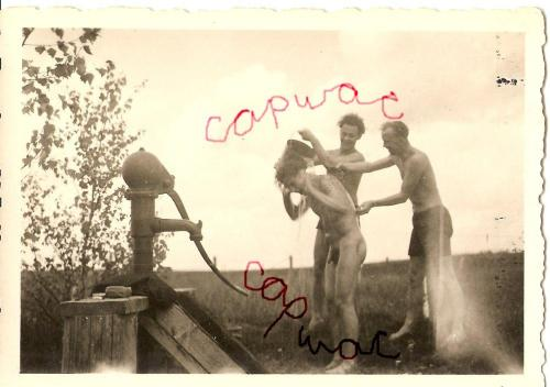 sarasponda:     WWII 1940s (Capwac Collection) These fantastic images from WWII are watermarked to prevent copying.  HAHAHAHAHAH!!!!