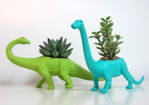 I think these dinosaur planters would be fun in a little boy's room. (via)