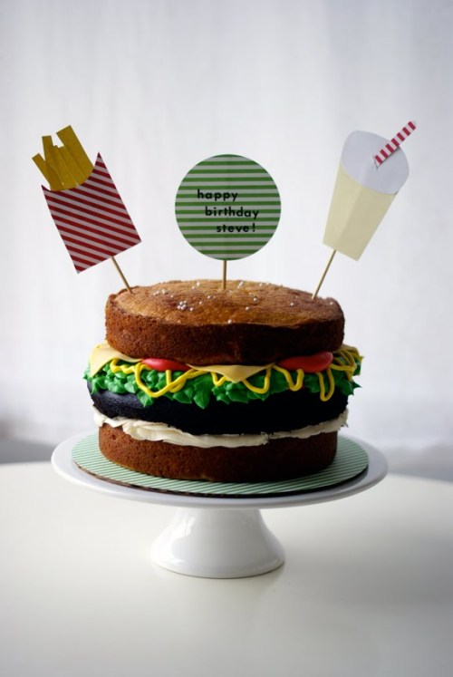 FOR HAMBURGER LOVED!  Photo/Source credit: CocoCakeCupcakes