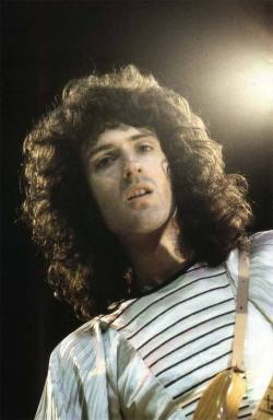 This is the end of the Brian spam for a while, but he's so beautiful. So, so beautiful.