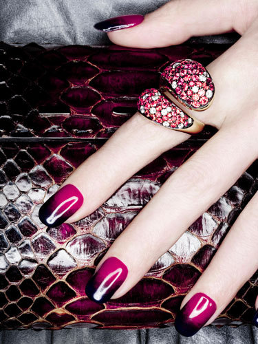 Woah, sexy!  levonnemeetslorenzo:  these nails remind me of rasberries dipped in dark chocolate