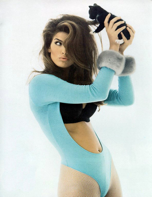 onetrackmindd:  Cindy Crawford
