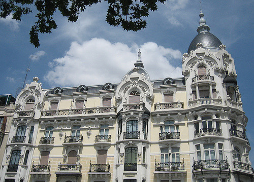 Art Nouveau building, Madrid (by kimbar)