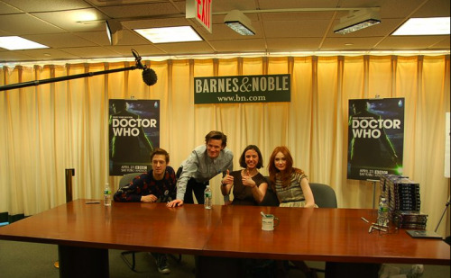 doctorwho:  Say hello to the cast of Doctor Who at a signing in NYC today! (via BBC America Facebook)  Naw. They just need to come to Australia. *sigh*