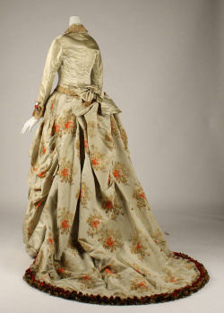omgthatdress:  Charles Fredrick Worth dress ca. 1875-1876 via The Costume Institute of the Metropolitan Museum of Art