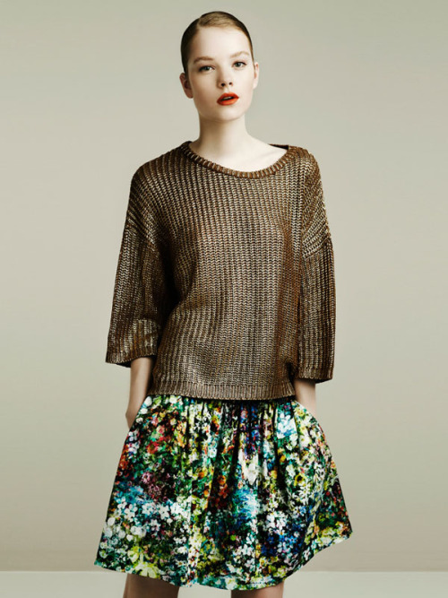 thufri:  from the Zara April 2011 look book - chunky knits work well for FW11, get into it early this spring