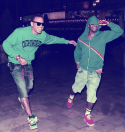 livingtheswagglife: This one for all the girls who love Breezy and Omarion I did this one for you all..