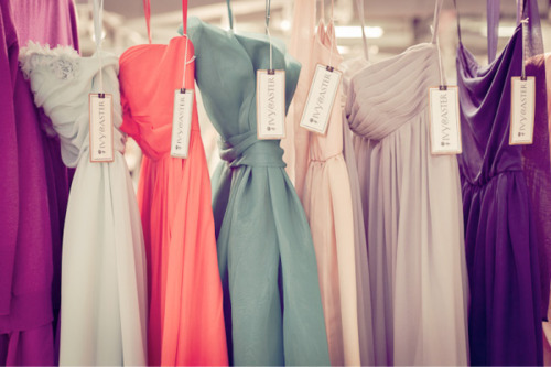These gowns remind me that prom season is just around the corner! I found these great tips to choosing the right makeup for your dress :)