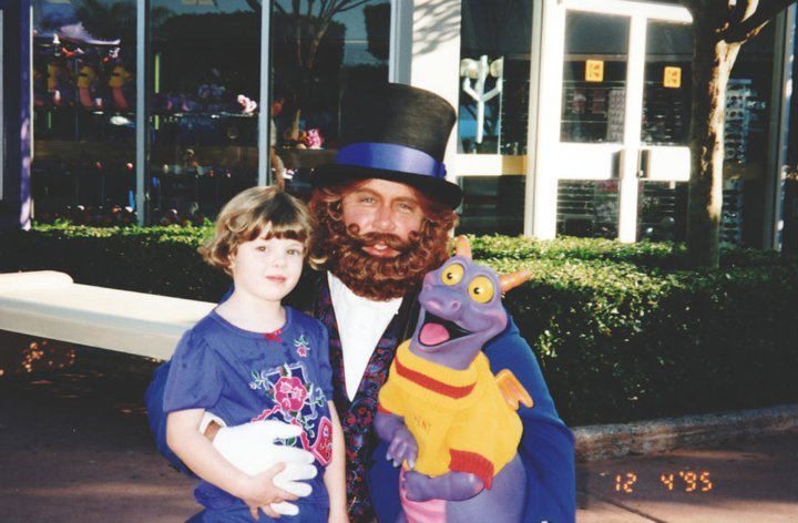 fuckyeahdisneyentertainment:  Dreamfinder and Figment - Walt Disney World (Posted with permission from a friend's facebook)