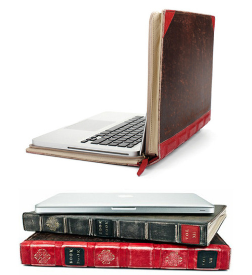 thatuglything:  Bookbook laptop case by Twelvesouth I WANT!