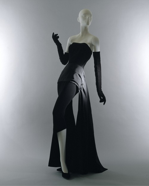 Christian Dior evening dress ca. 1949 via The Costume Institute of the Metropolitan Museum of Art