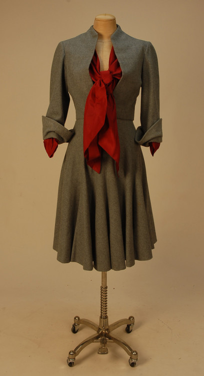 omgthatdress:  Christian Dior ensemble ca. 1950 via Whitaker Auctions