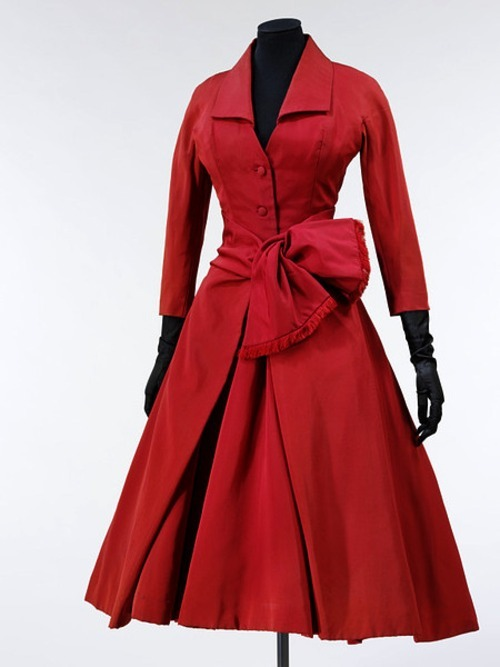 omgthatdress:  Christian Dior cocktail dress ca. 1955 via The Victoria & Albert Museum