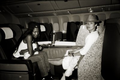substancem:  Naomi Campbell with Kate Moss on a plane to somewhere over the rainbow