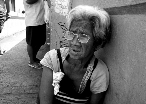 RICK TEE JAY S. ASUNIO  BAPR 3 1N  PHOTO ESSAY 4 OLD AGE
