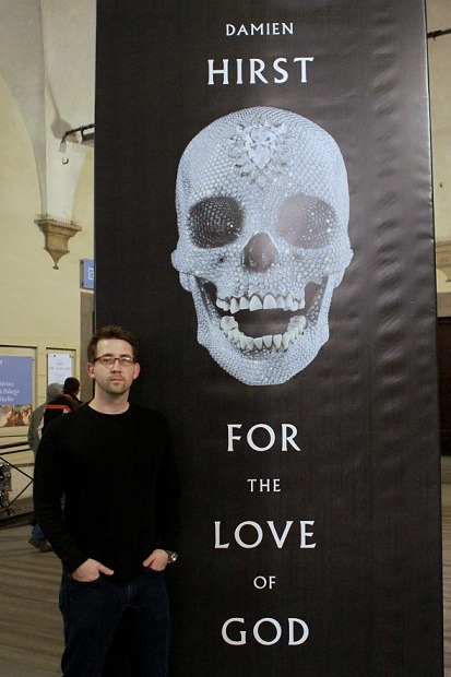 oddthingsiveseen:  For the Love of God: Created by Damien Hirst in 2007, For the Love of God is a platinum cast of a 200-year-old male adult human skull that Hirst picked up in a taxidermy shop. He then coated the cast with 8,601 diamonds like he was spreading seeds on a Chia Pet. As a final flourish, Hirst took the teeth from the original skull and set them in the jawbones of the diamond skull. All told, the most common estimate for the complete bedazzled skull is $20-$30 million. Your and my skulls are probably worth the cost of a helmet each, and that's only in some states. See more.