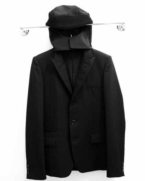 lacollectionneuse:  hooded blazer (jp sz 4) • undercoverismus $350,00