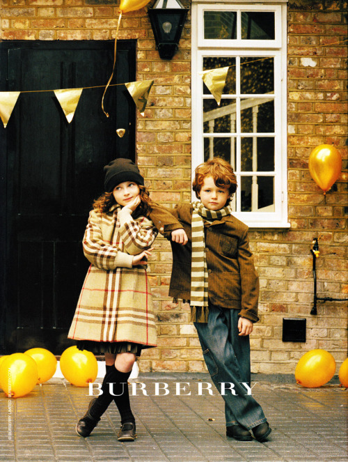 modeavenueparis:  Burberry Kids Fall/Winter 2006/2007 Campaign | My Scan   precious