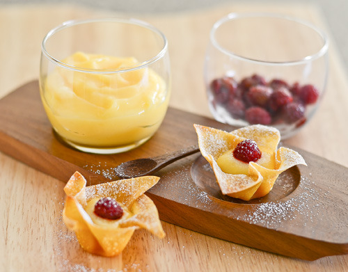 foodforjubilee:  From My Lemony Kitchen ….: Raspberries and Lemon curd in Wonton Cup (RECIPE)