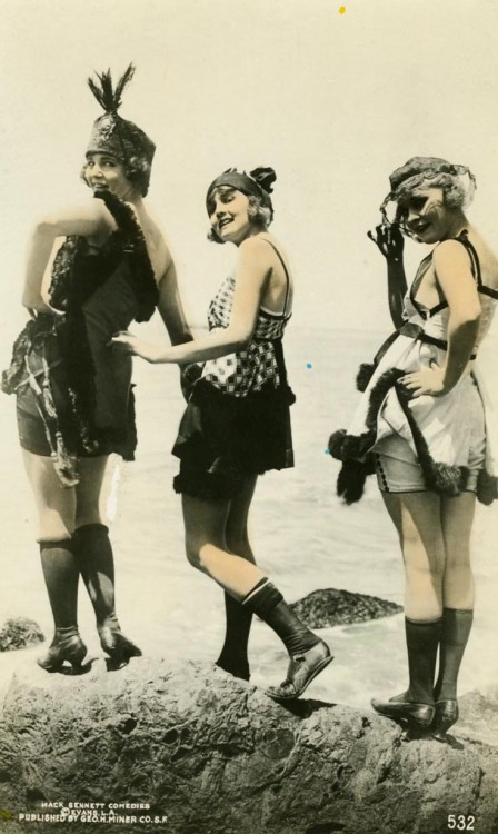 "Mack Sennett ""Bathing Beauties"" Phyllis Haver, Harriet Hammond, and Virginia Warwick 1912- 1918"