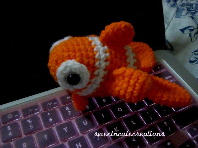 sweetncutecreations:  my version of nemo, just modified ana paula rimoli's fish pattern therefore i don't own any copyrights to the pattern…just the amigurumi itself :) don't steal!!