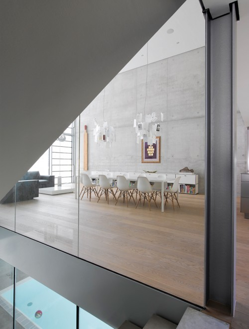 delicatesoundofthunder:  architectureinspiration:  Christ.Christ Architects - House R | via cabbagerose:  oh my god! i need this house!