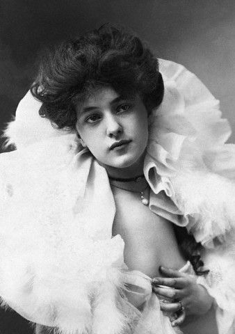 edwardianera:  Evelyn Nesbit