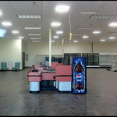 genefactor:  Lost in the supermarket #abandoned #checkout #supermarket #eerie (Taken with instagram)
