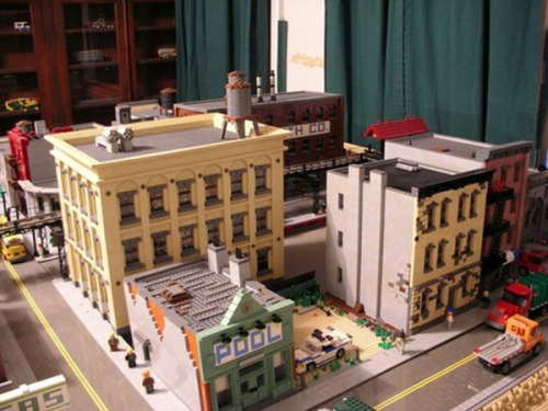Brooklyn artist Jonathan Lopes has recreated Brooklyn, in LEGO, in his 400-square-foot living room, according to Gothamist. Read more.