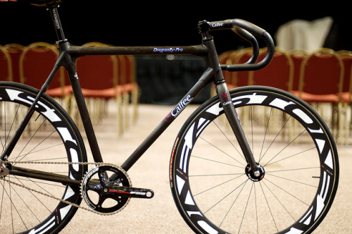 CALFEE DRAGONFLY PRO   Spotted by Tracko at the San Diego Custom Bicycle Show last weekend.  Hope you heal up, Kyle!