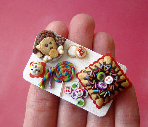 daintyloops:  Miniature Food - Birthday Tray - Rainbow #3 (by PetitPlat Food Art - Stephanie Kilgast)